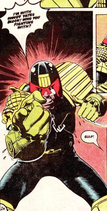 Hulk fekete özvegy pornó